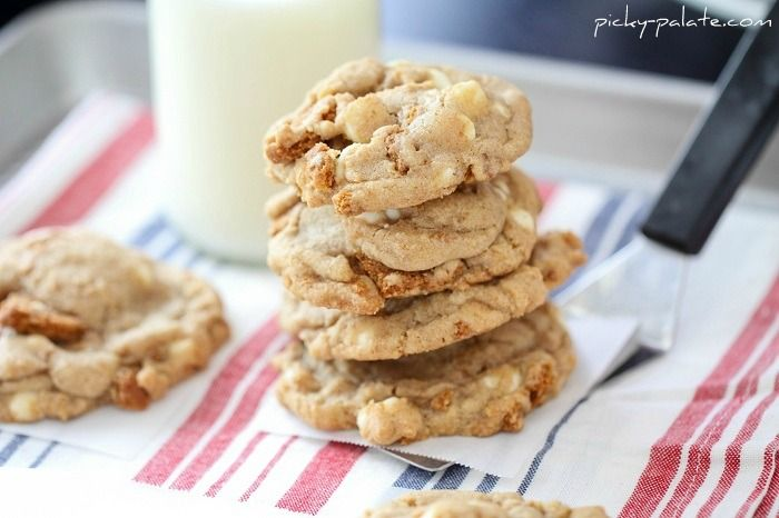 Biscoff Crunch White Chocolate Chip Cookies. Biscoff cookies are the ...