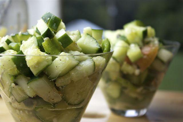 Cucumber and Feta Salad | YUMMY 4 MY TUMMY | Pinterest