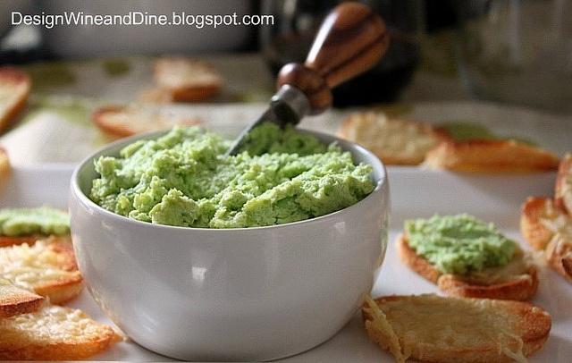 Edamame Spread with Garlic... | Healthy Snacks | Pinterest