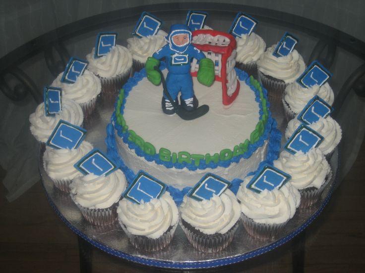 Cupcake Decorating Ideas Hockey : Hockey Cake and Cupcakes He shoots! He scores! Pinterest