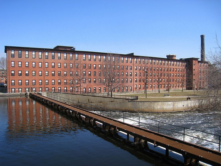 an overview of the factory workers in lowell factory In massachusetts, the lowell family's textile mills worked to attract the unmarried daughters of farm families, expecting them to work a few years before marriage these young women factory workers were termed  lowell mill girls their average length of employment was three years the factory.