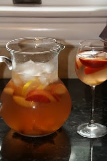White Zinfandel Sangria | Drinks....Yummy or Otherwise | Pinterest