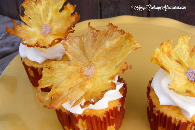 Dried Pineapple Flowers | Fun Designs for Food | Pinterest
