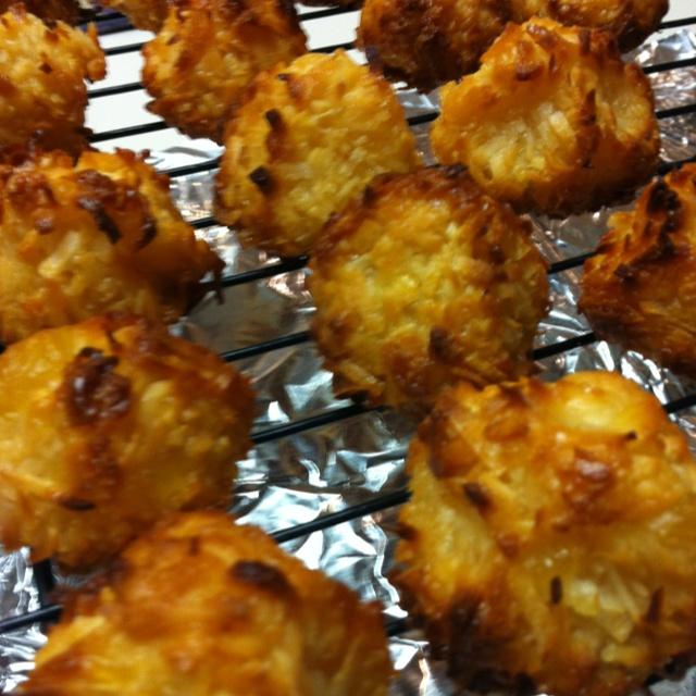 Pineapple Coconut Macaroons. :)) | Things we bake | Pinterest