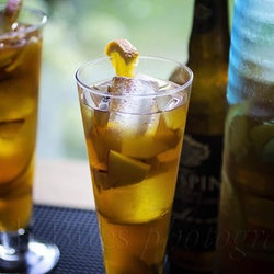 Apple-Plum Sangria.. Sound deelish | Style & fashion | Pinterest