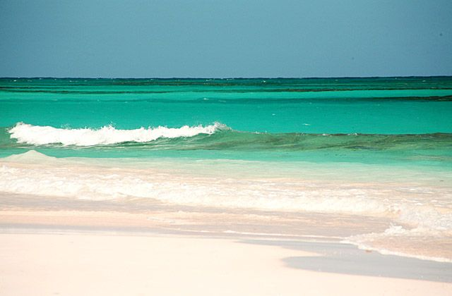 Pink sand favorite places and spaces pinterest for Pink sand beaches in the bahamas