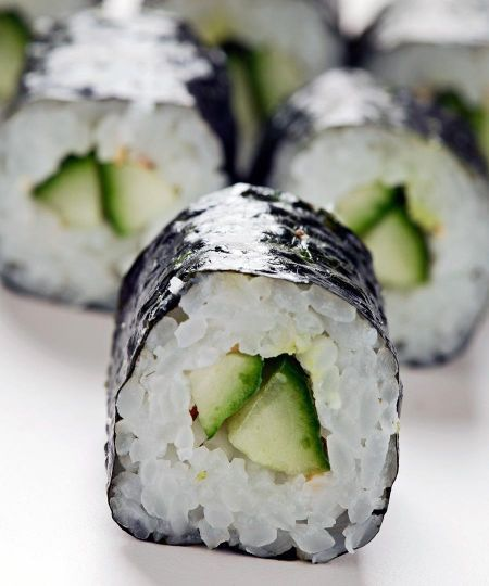 Cucumber and Avocado Sushi | LINDS | Pinterest