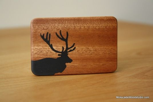 Deer black epoxy resin inlay on mahogany belt buckle | Cargoh by ...