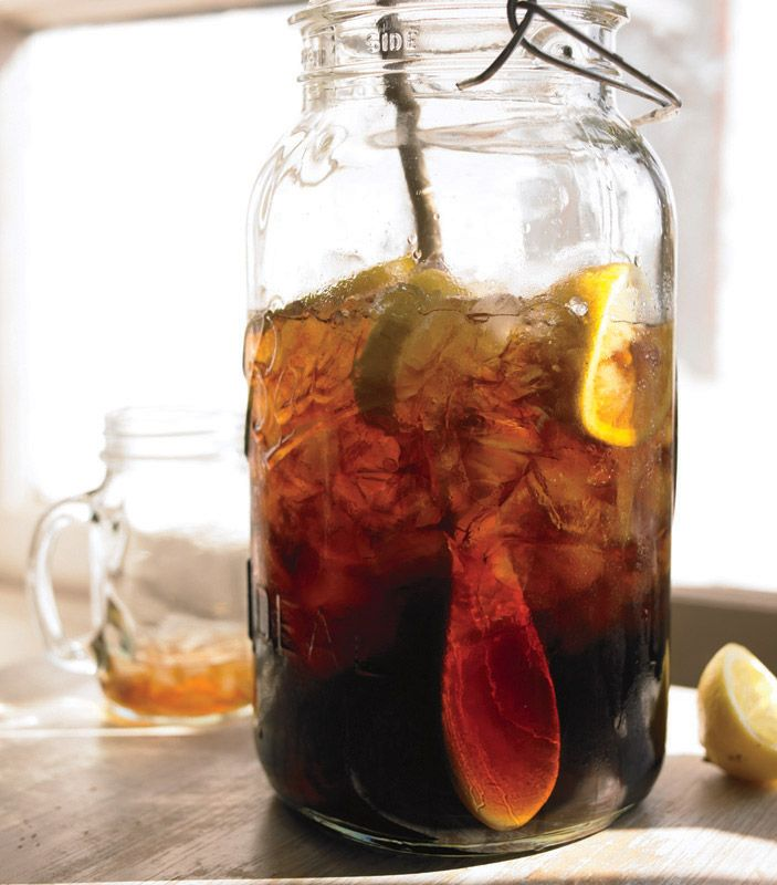 Switchel | Haymaker's Punch -- A Simple Ginger Beer | Yankee Magazine