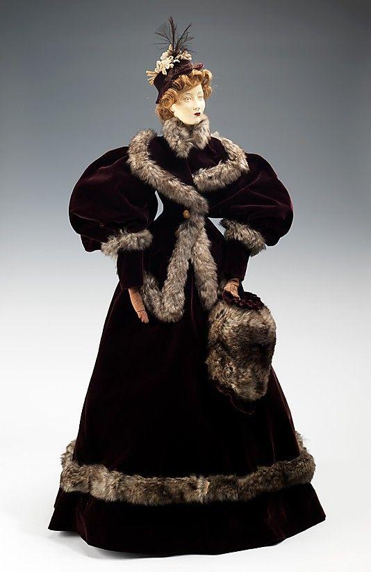 1894 Кукла по Fourrures Max (металл, гипс, волосы, шелк, мех, кожа, хлопок), 1949.  ММА