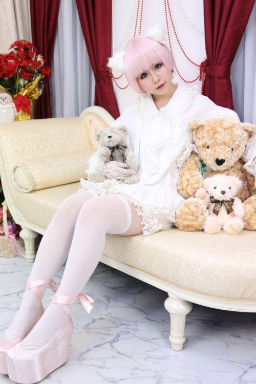 Girls White blonde girl fucks teddy bear karlee grey