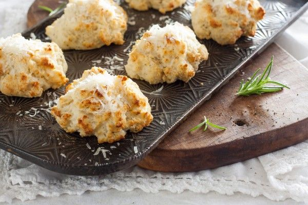 Parmesan Black Pepper and Rosemary Biscuits on Louise Mellor.com