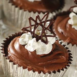 Chocolate Chip Chocolate Clouds | Foods: desserts | Pinterest