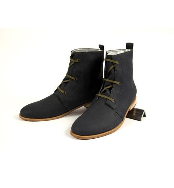 Zuriick boots