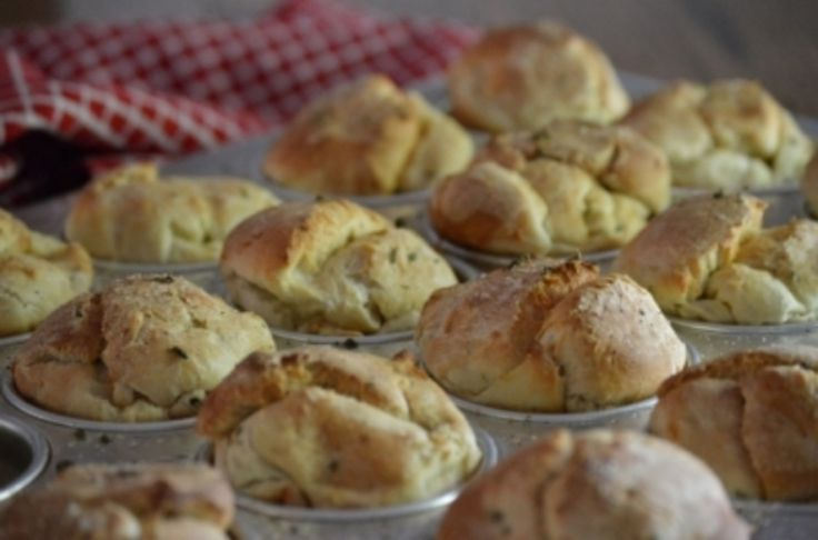 Gluten-free olive oil & thyme dinner rolls | Catherine Ruehle