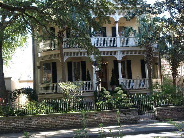 Garden Of Good And Evil Savannah Ga Southern Graces Pinterest