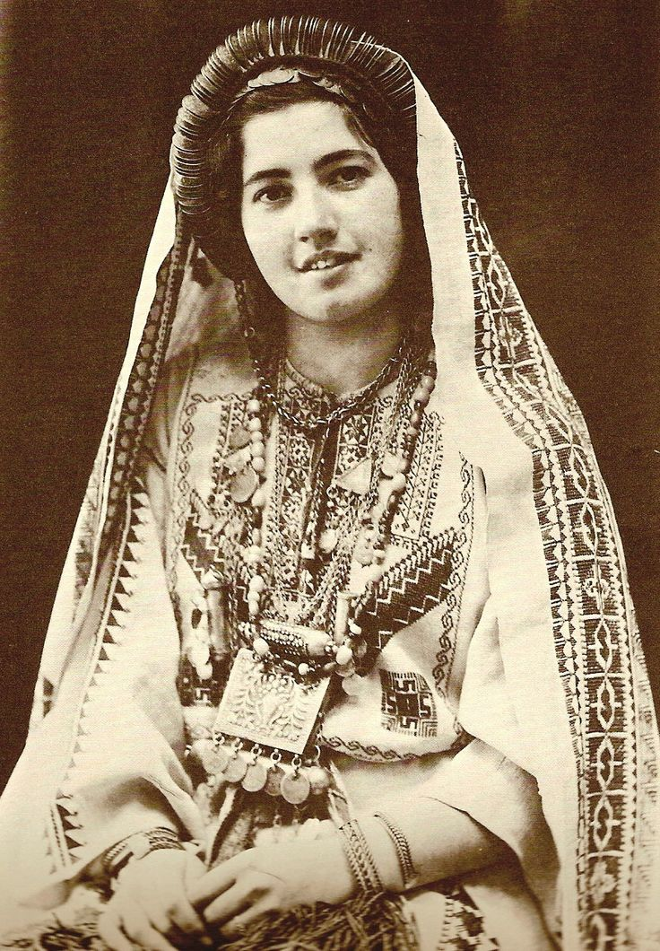 Before Their Diaspora: A Photographic History of the Palestinians 1876 -  pinterest.com
