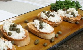 Goat Cheese and Shallot Toasts | Light and easy spread for the ...