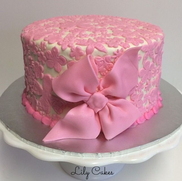 Round Birthday Cake Images : Pin by Lily Cakes on Adult Birthday Cakes by Lily Cakes ...