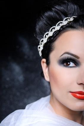 Winter Wedding Makeup Ideas : Winter wedding make-up ideas Bridal Beauty Pinterest