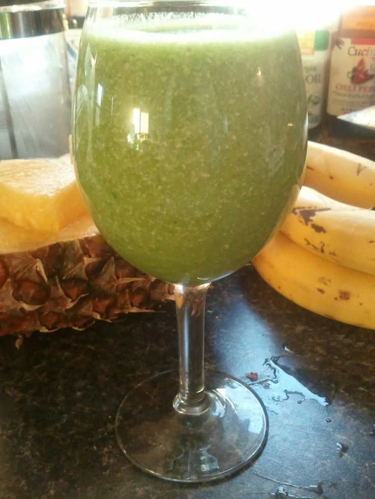 Green Pina-Colada Smoothie | Shakes, and Smoothies and Coffee, OH MY ...