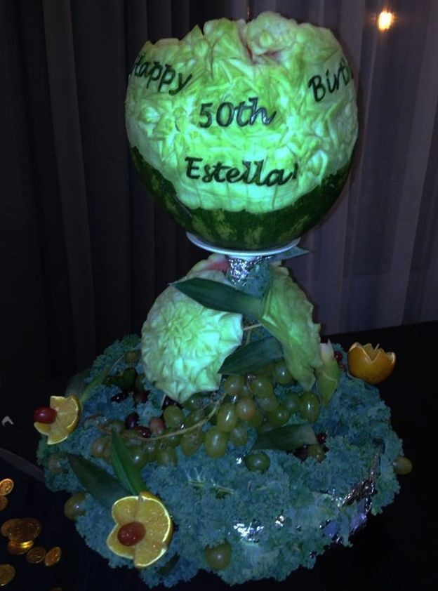 Birthday fruit carving vegetable