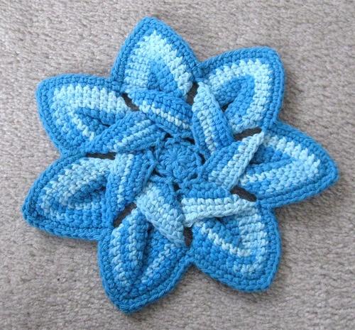 Crochet Flower Hotpad by FreeCraft. Crochet Pinterest