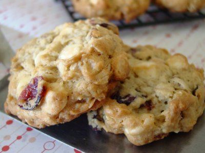 White Chocolate CocoNut Oat Chunkers | Recipes - Bars, Cookies & Swee ...