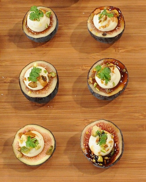 Black Mission Figs with Toasted Pistachios and Whipped Mascarpone   R ...