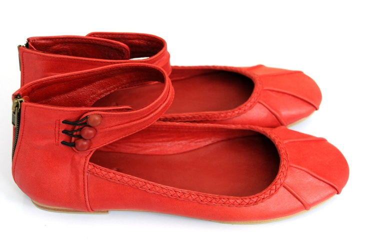 MUSE. Leather ballet flats / womens shoes. sizes 35-43. Available in