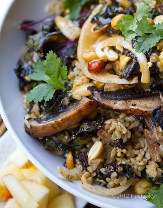 Spicy-Peanut Portobello Kale Rice Bowl. - Healthy. Happy. Life.
