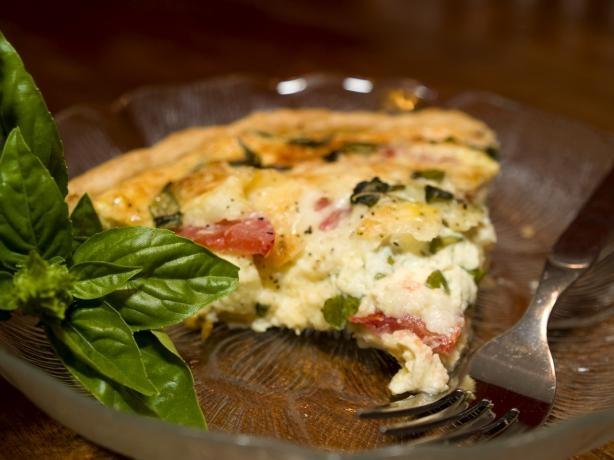 mozzarella tomato and basil quiche photo by folkdiva