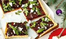 Carameilsed onion and goat's cheese tart.( I used Danish feta.)