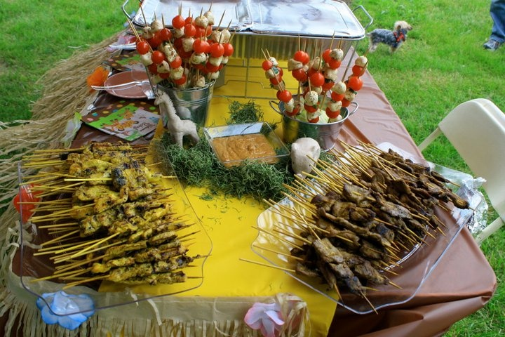 Outdoor party food pretty party pinterest for Meal outdoors