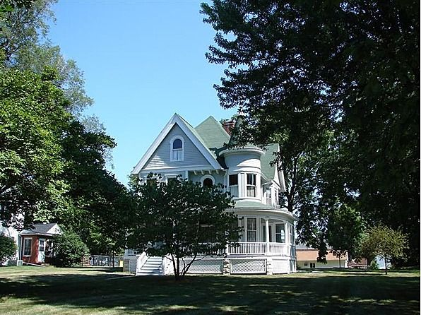 Pin By Alyssa Dodson On Old Houses Pinterest