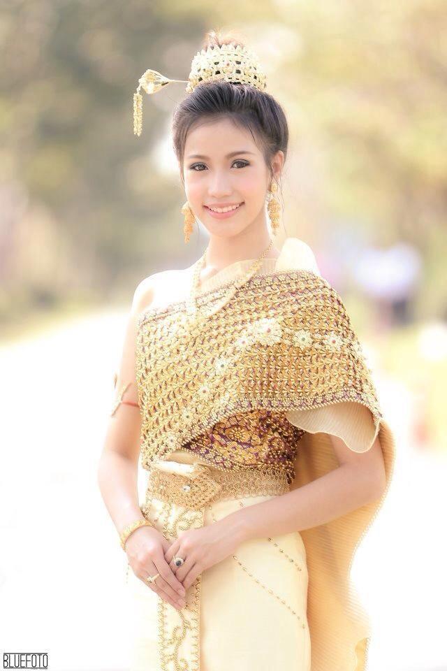 Unique Thai Women And Thai Traditional Dress  Mai Davika
