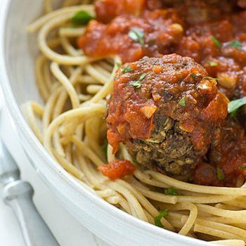 Lentil Mushroom Meatballs | Vegan Dinners | Pinterest