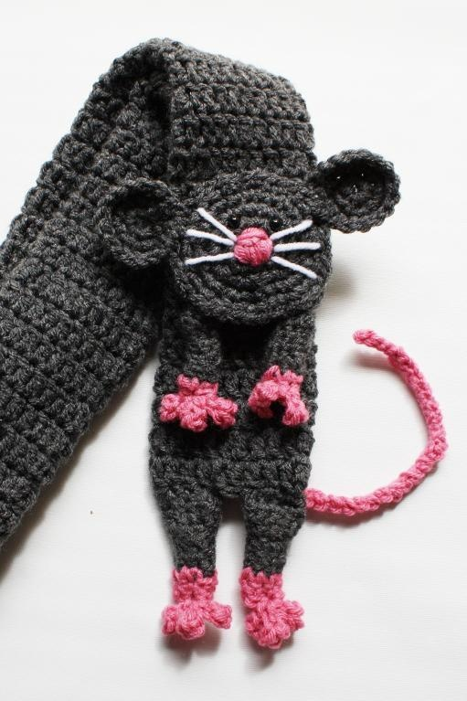mouse scarf crochet pattern ~ not free hooked Pinterest