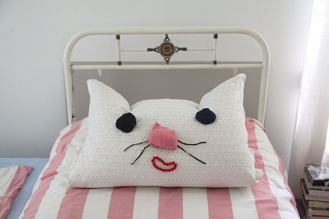 bedroom cat by virginhoney diy and i could make this as batman as