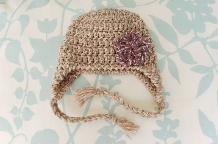 Newborn Crochet Hat Pattern With Ear Flaps : free crocheted ear-flap hat pattern! Things I will ...