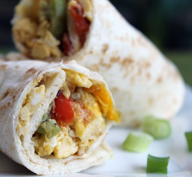Scrambled egg and roasted bell pepper breakfast wrap - Something ...