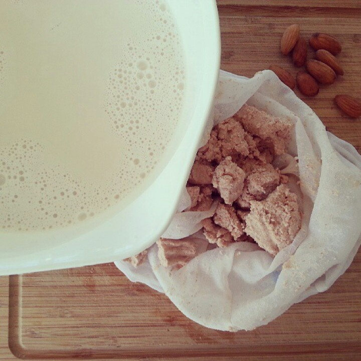 Almond milk | Delish Delights | Pinterest