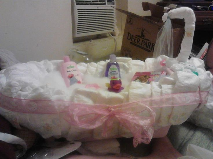 bathtub diaper cake cake ideas and designs. Black Bedroom Furniture Sets. Home Design Ideas