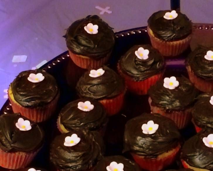 Vegan Cupcakes Take Over the World golden vanilla cupcakes