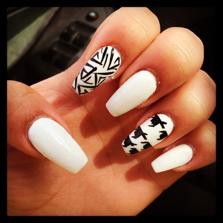 Amazing Houndstooth Nail Design Pattern - Nail Art Ideas - morihati.com
