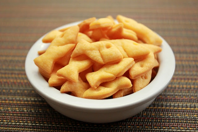 """Cooking with Jax: Homemade Cheese """"Goldfish"""" Crackers"""