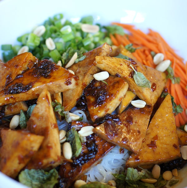 Sweet Tofu & Vietnamese Noodle Salad | Food | Pinterest