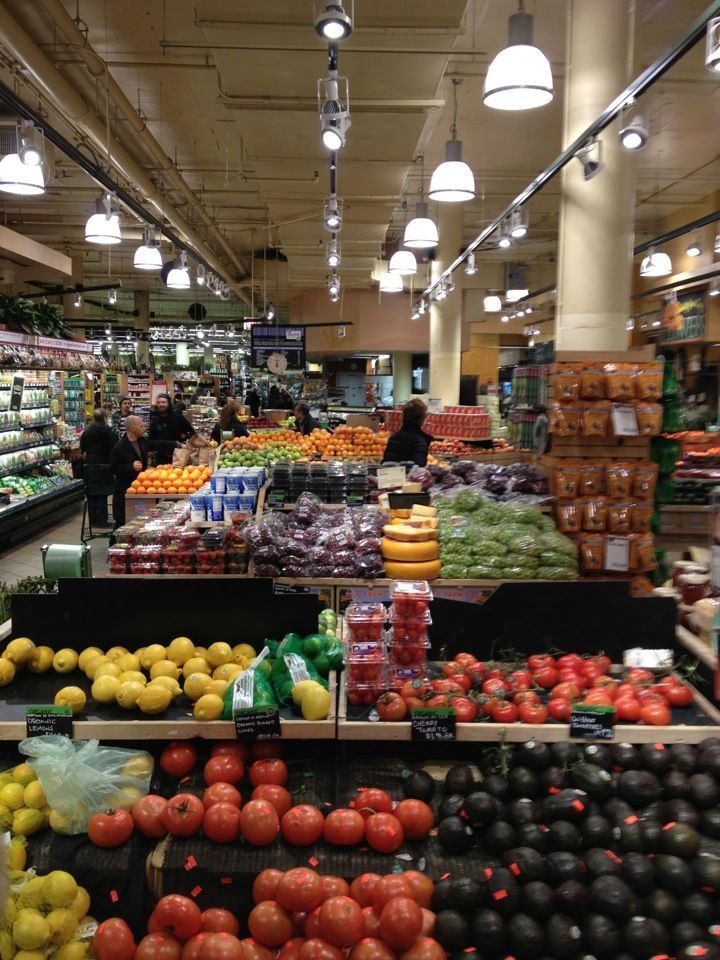 Whole food chicago lakeview