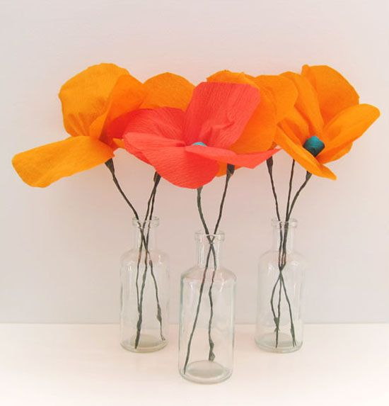 Poppy Paper Flower Tutorial - DIY paper flowers that can be used in wedding centerpieces.