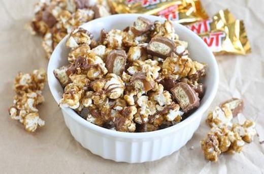Twix Caramel Popcorn- Would be awesome girls night in/movie night ...